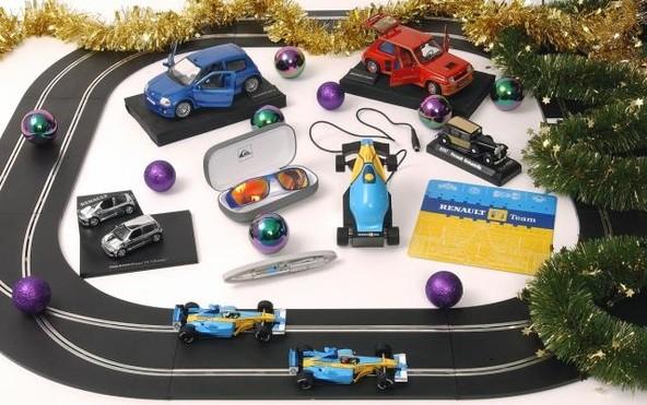 Najdite idealno darilo z Renaultovim motivom
