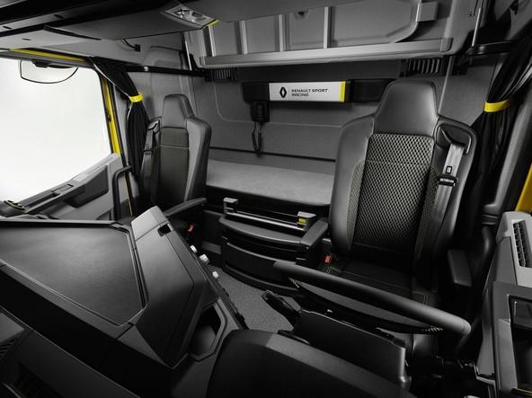 Renaultov 'GTi vlačilec'