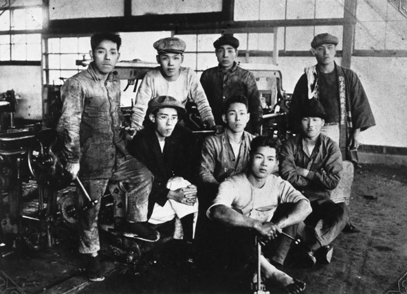 Suzuki Loom Manufacturing Co. (1920)