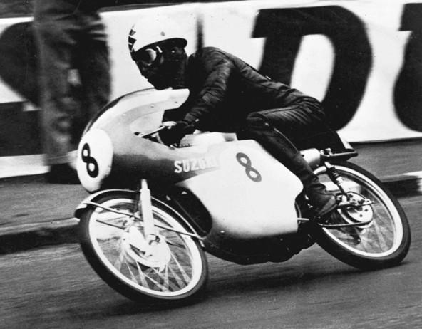 Suzuki na dirki TT