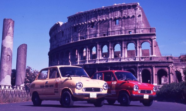 Suzuki Fronte 360 (LC10) ob obisku Rima leta 1968