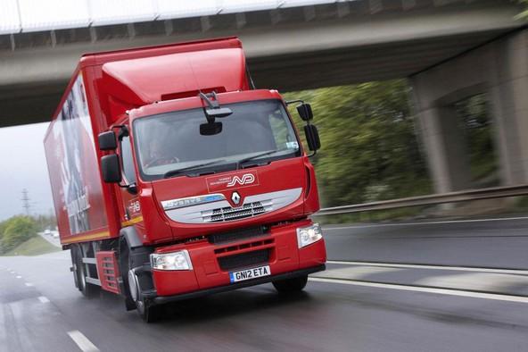 Prvi Renaultov hibridni tovornjak na britanskih cestah