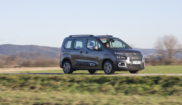Citroën berlingo M 1.5 blueHDi 100 feel: Predan prostoru