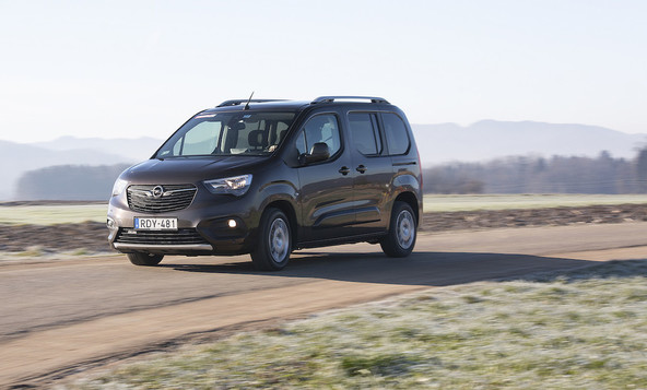 Opel combo life 1.5 dizel innovation: Naj stvari so tri!